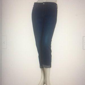 New NYDJ SIZE 6P Rachel Roll Cuff Capri Jeans